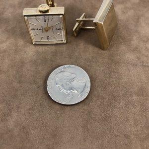 Sovereign Accessories - Vintage Sovereign Cufflinks Gold Tone Watch